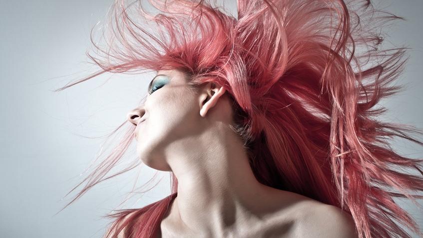 Read more about the article Saiba por que ter produtos para os cabelos na sua loja