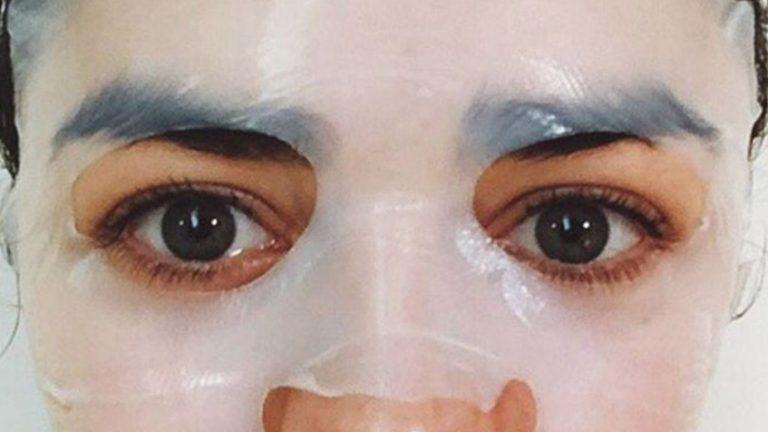 Read more about the article Máscaras faciais de tecido: aposte nesta tendência de skin care